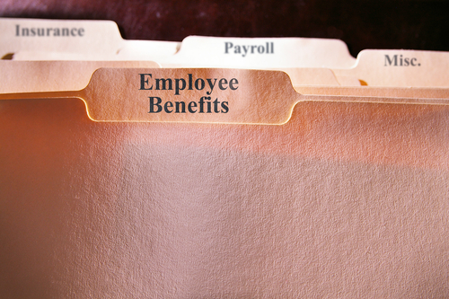 Attracting and Retaining Employees: The Advantage of Benefits