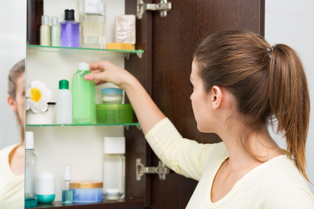 Spring Cleaning in the Bathroom - Health Risk Services - Health Isurance Canada